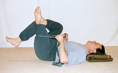 seated piriformis stretch instructions